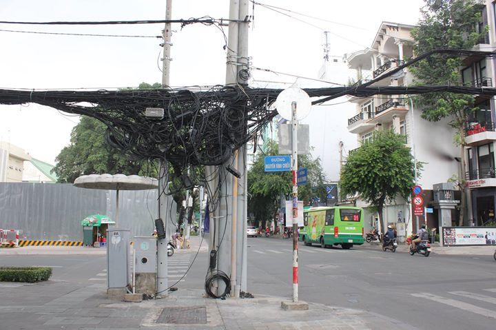 Ve Vietnamu je stále z čeho být na větvi...ale elektřin...