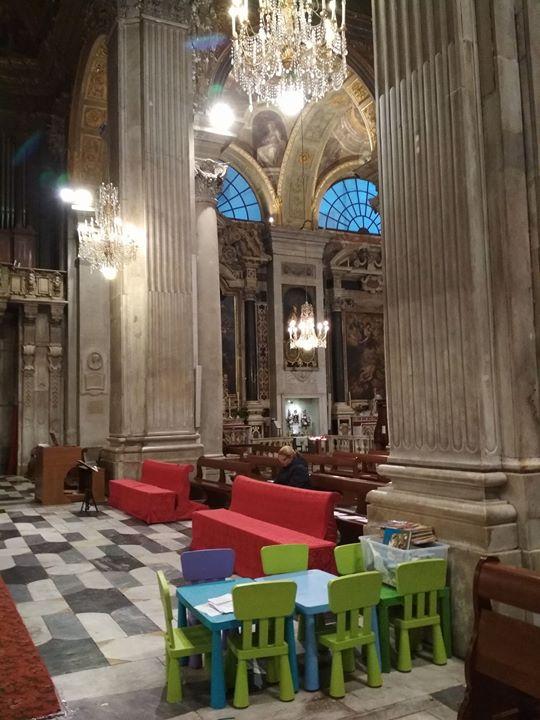 Dětský koutek v Itálii v kostele